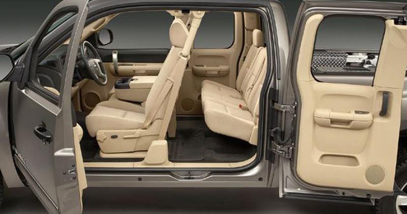 Chevrolet Silverado – Cabin Access
